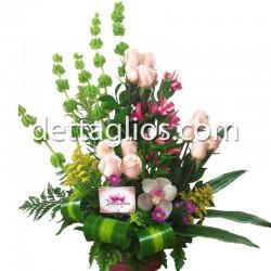 Rosa y Boton de Orquidea