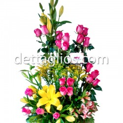 24 Rosas y Lilies