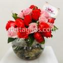 Rosas en pecera